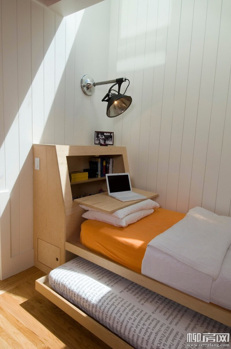 Small-Space-Beds-Slide-Out.jpg